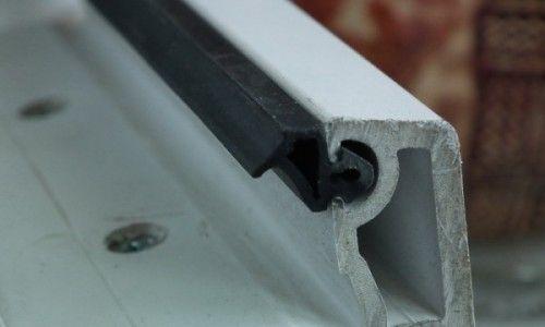 Замяна на уплътнителя на пластмасови прозорци