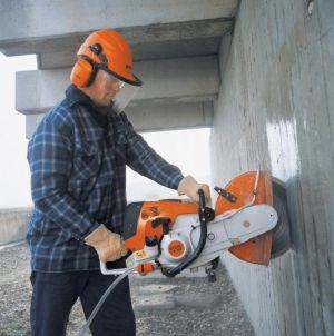 Как да се изчисли цената на демонтаж на стените в апартамента, като се вземат предвид допълнителни услуги