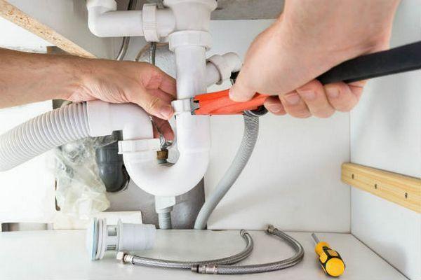 Почистване на канализационни тръби в частен дом Ефективни начини и съвети