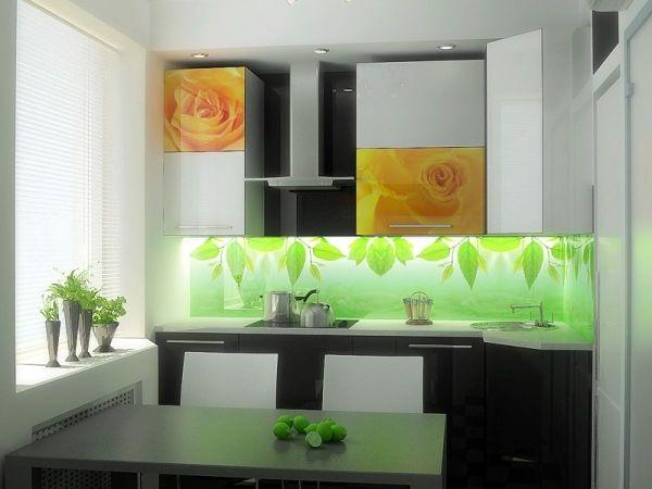 Средни цени за стъклена кухненска престилка на метър, избор на фирма
