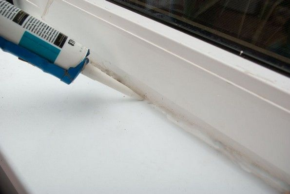 Уплътнител за шевове от пластмасови прозорци